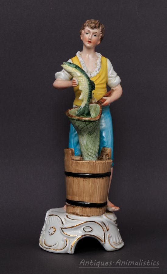 Фарфоровая статуэтка фарфор Рыбак Германия