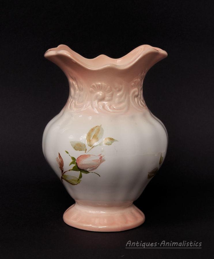 Фарфоровая ваза нежные розы фарфор англия Blakeney