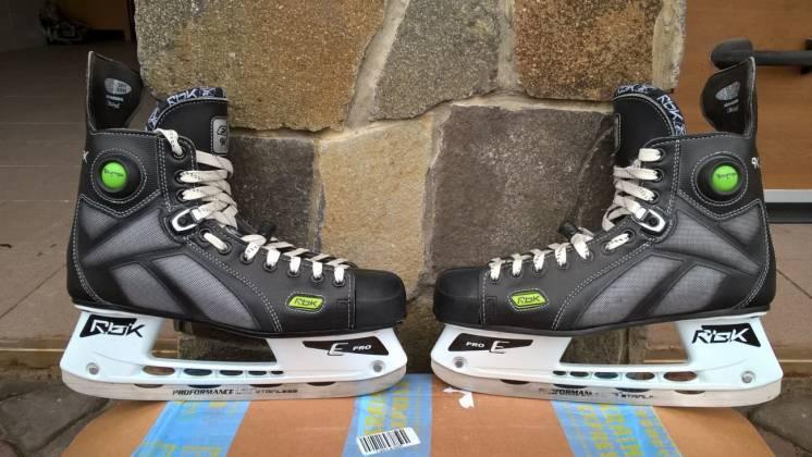 хоккейные коньки Reebok 9K Size 10.5D