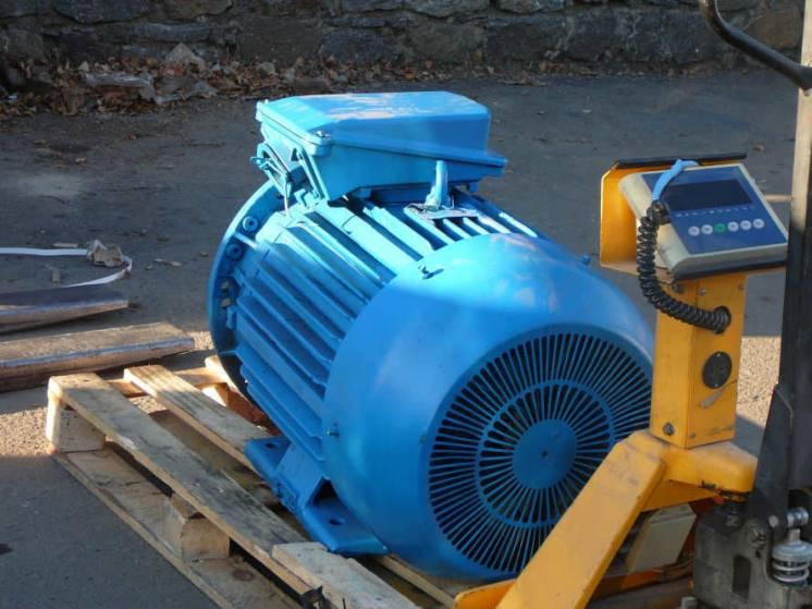 Электродвигатели 90/3000, 110/3000, 55/3000