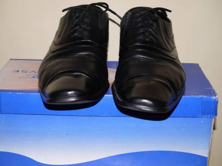 Продам туфли кожаные б/у 43 р.