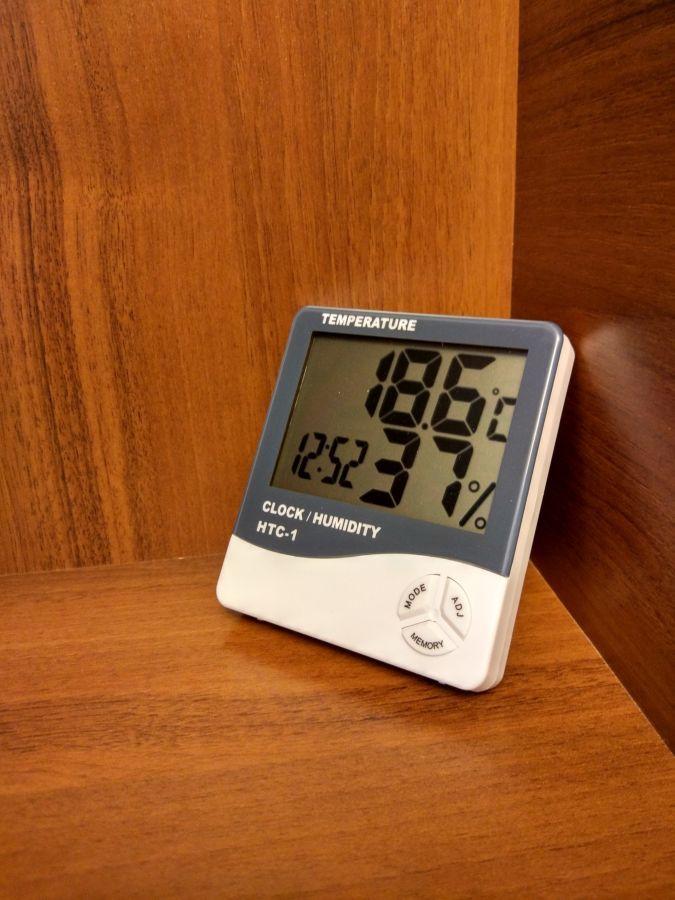 Метеостанция - цифровой термометр гигрометр HTC -1