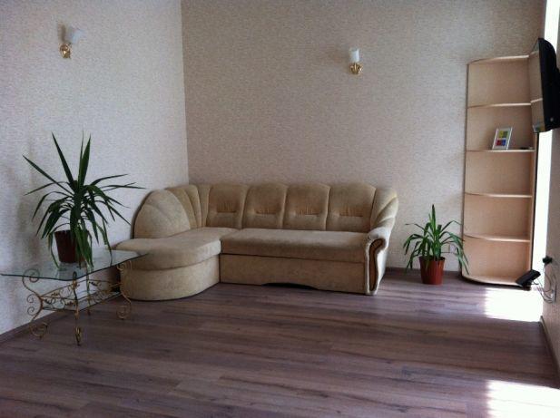 2-х комнатная квартира на Колонтаевской.