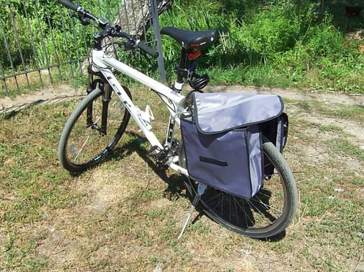 Сумки на багажник велосипеда