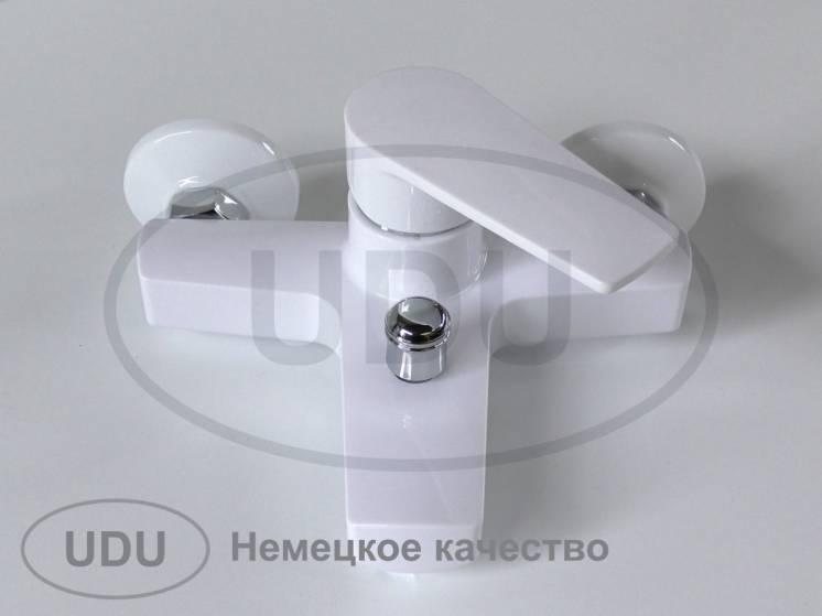 Белый пластиковый смеситель для ванны, смеситель для душа из пластика