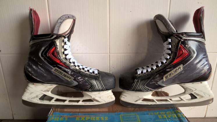 хоккейные коньки Bauer АРХ 2 Size 9,5 D