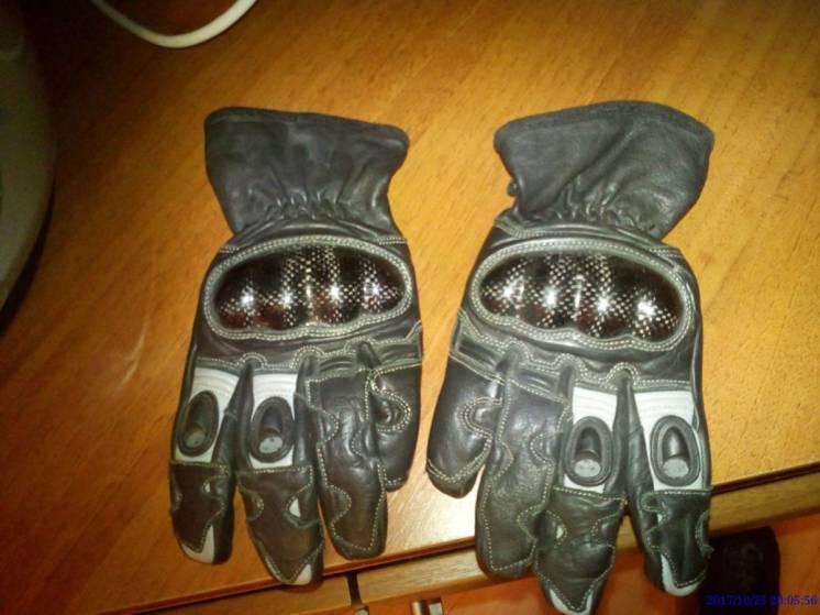 Продам мото перчатки размер М