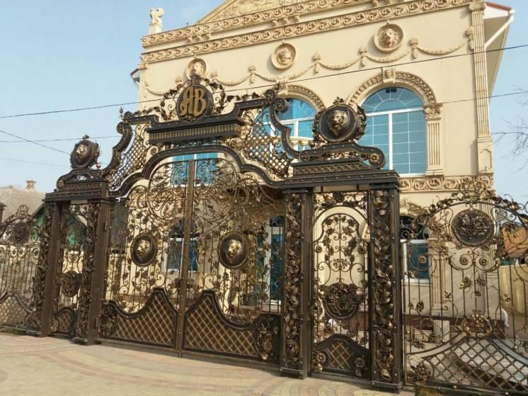 Ворота,калитки,заборы кованые