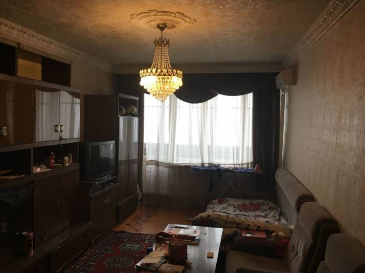 3 ком. квартира в парковой зоне район пр. Гагарина ул. Казакова 4.