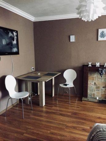 Сдам 2-х комнатную квартиру-студию с ремонтом!