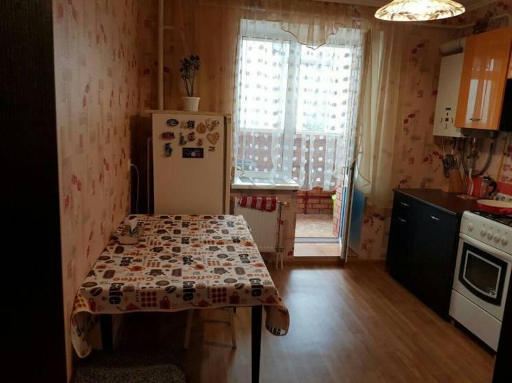 Сдам 1 комнатную квартиру! 12 мкрн