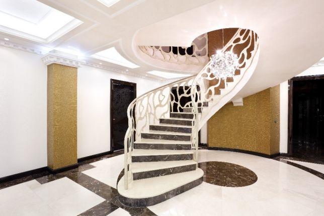 Мраморные лестницы – выберите неподвластный времени стиль