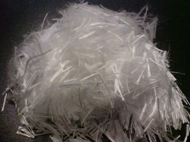 Фибра полипропиленовая (цветная, белая ) 6, 12 мм по 0,9 кг