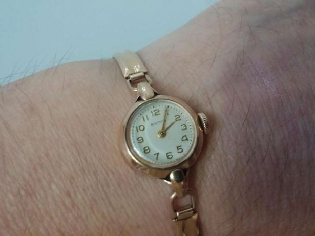 Часы золотые продам женские часы продать в наручные екатеринбурге бу