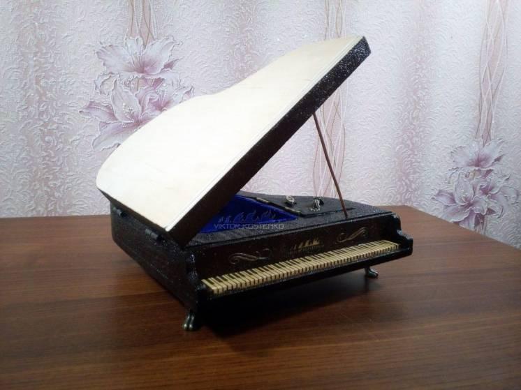 Музыкальная шкатулка с пирографией, ручная работа.