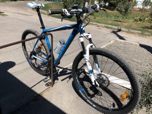Горный велосипед найнер cube aim рама 21, колеса 29