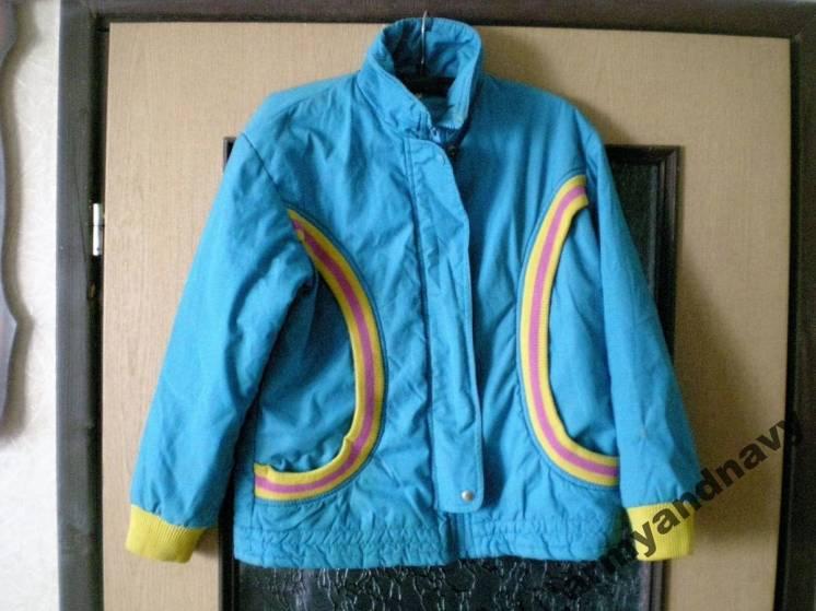 Куртка женская осенне- весенняя в хорошем состоянии