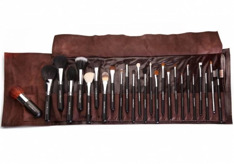 Кисти для макияжа набор 26 штук Armee Beaute в коричневом чехле
