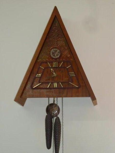 Маяк продать часы с кукушкой часы казанский собор стоимость работы и
