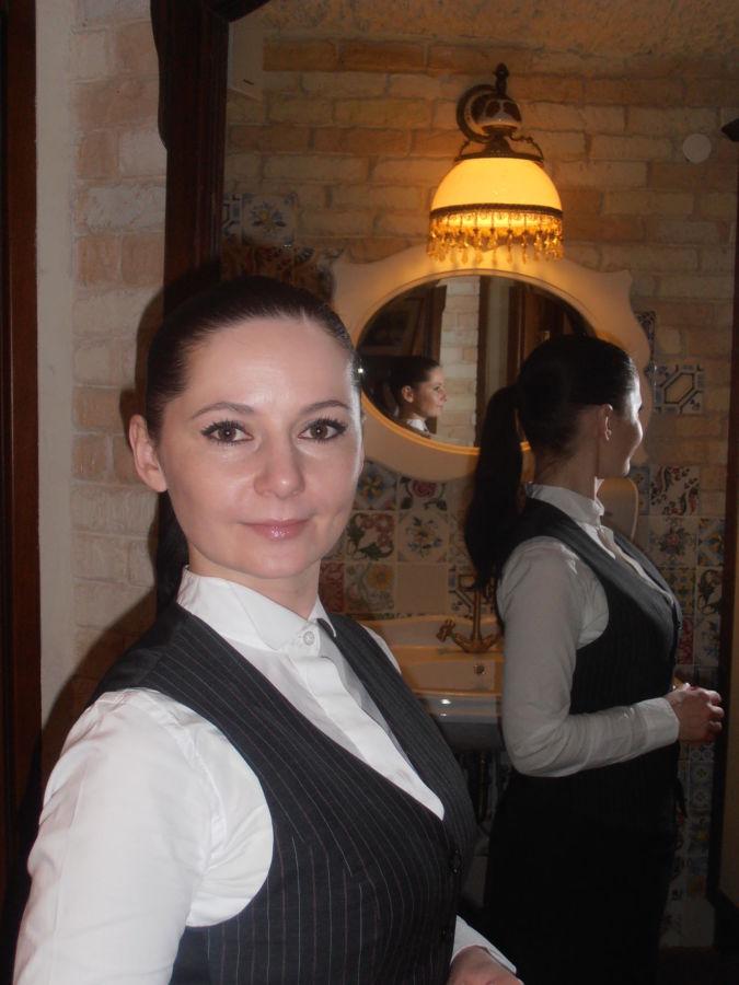 Услуги выездной официант на банкет, фуршет, свадьбу - заказать!