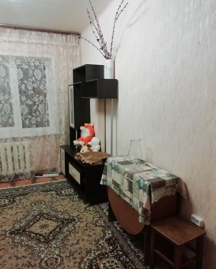 Сдаётся комната в общежитие на Петропавловской! Удобства на этаже!
