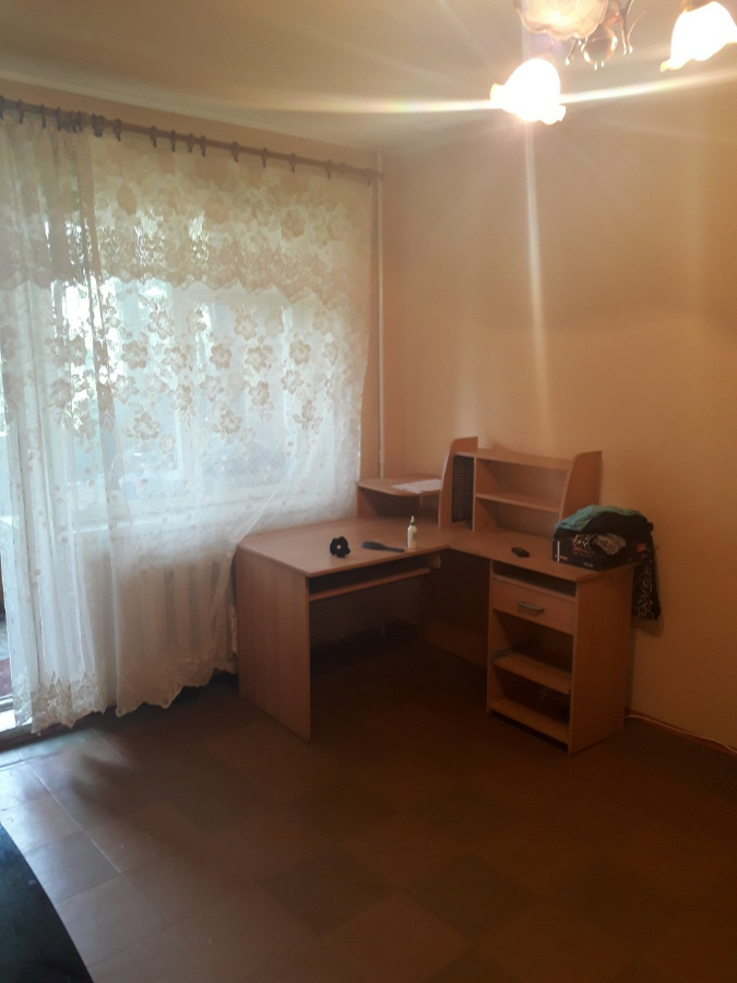 Сдам 2-комнатную на ж/с Покровский. Коммунар.