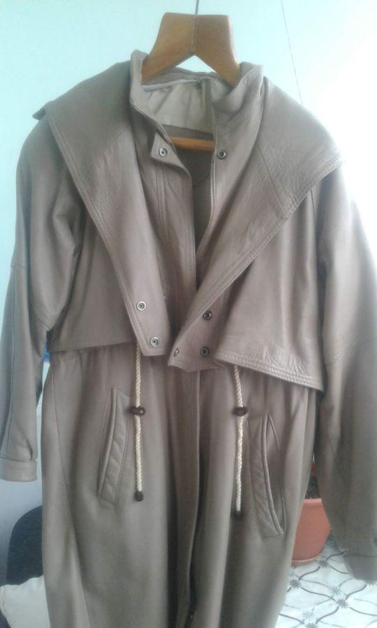 Продам б/у шкіряне пальто, в доброму стані,