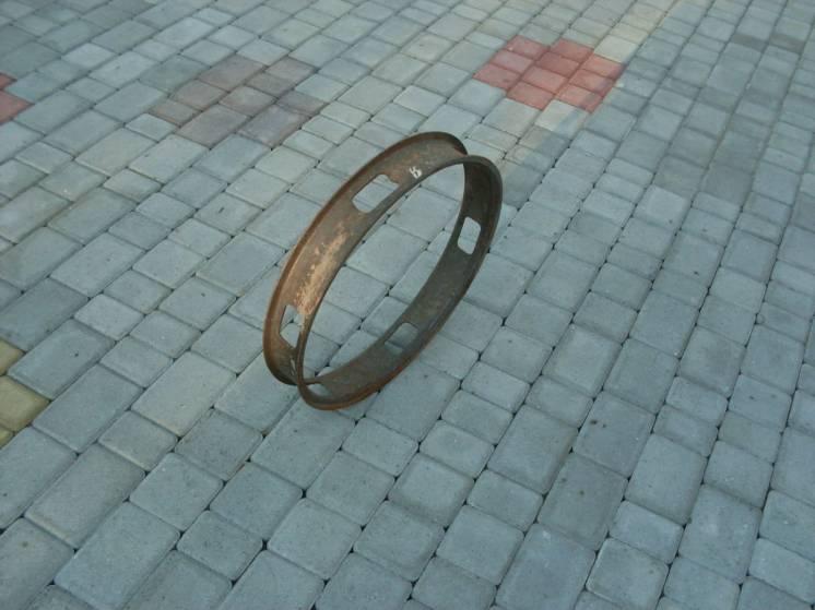 Продам промежуточное кольцо на спарку,КрАЗ
