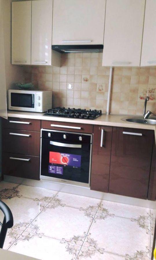 2 х комнатная квартира район ул. Титова