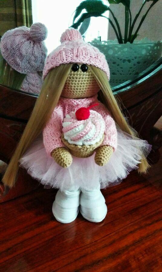 Кукла интерьерная, подарочная, девчонка с пироженкой