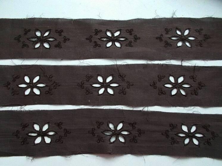 Ткань хлопок прошва коричнево- шоколадная  Цветок; 8 кусков
