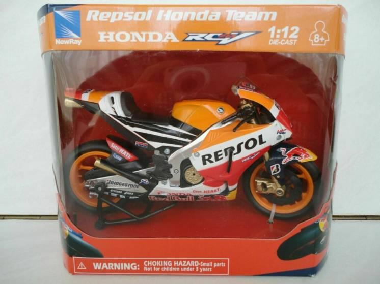 Модель мотоцикл 1:12 HONDA REPSOL #93 від New Ray новая игрушка