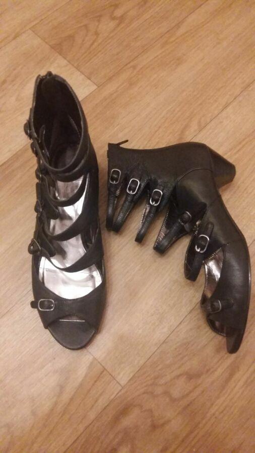 Черные босоножки ALDO