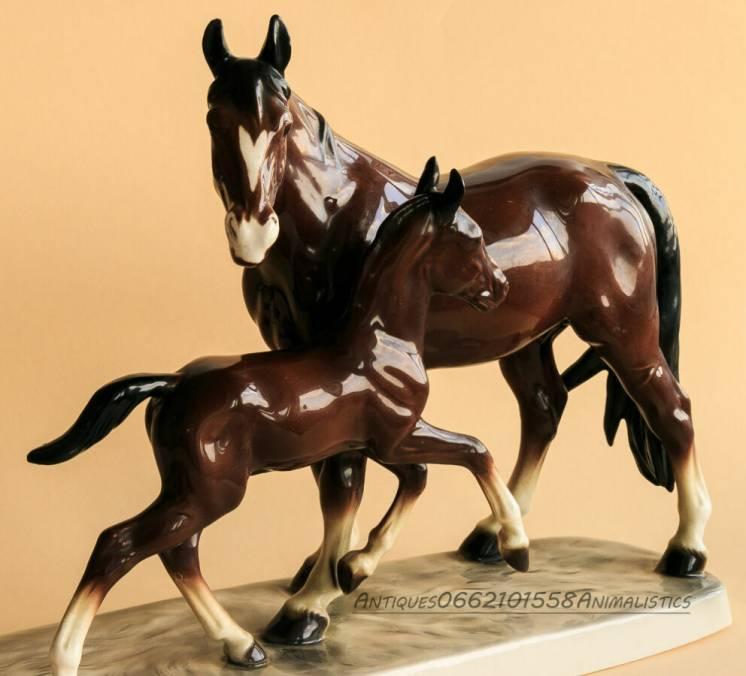 Огромная фарфоровая статуэтка кони Katzhutte германия
