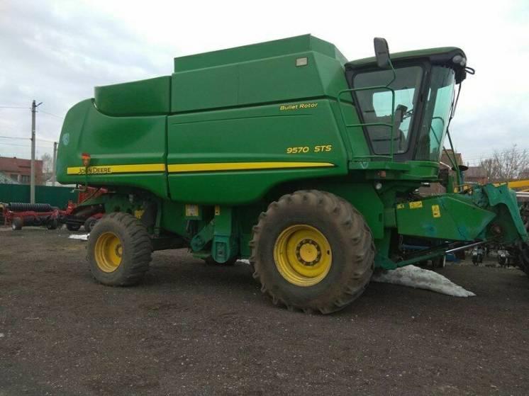 Комбайн зерновой John Deere 9570 STS
