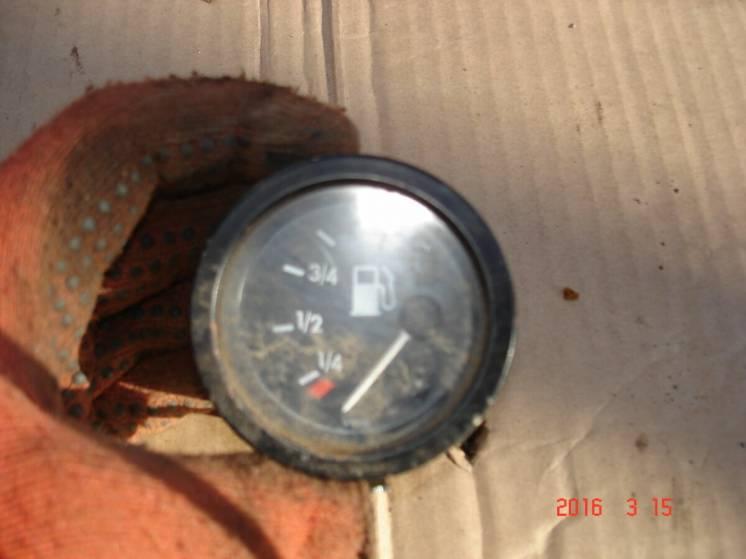 Датчик температуры,топлива в торпеду Mercedes T1 207-410