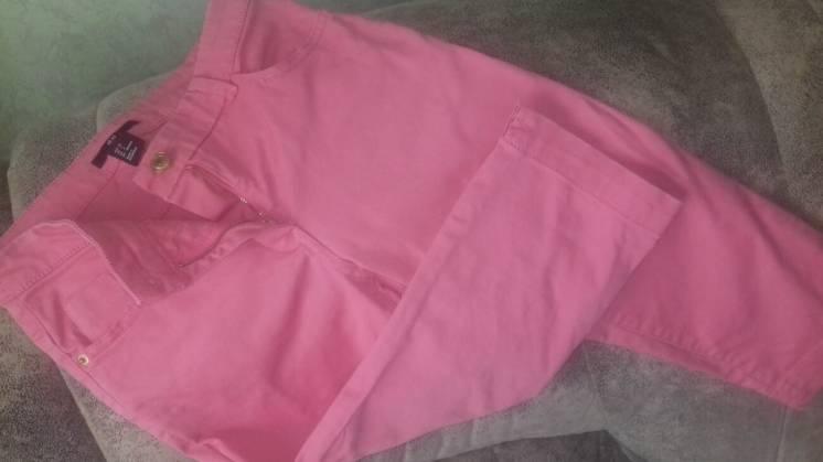 Розовые джинсы /бриджи/ от h&m