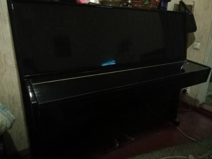 Продам чудове піаніно в добрі руки