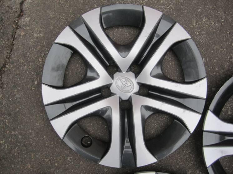 Колпак ковпак R17 Toyota Rav 4, оригинал - 4260242020, 42602-42020.