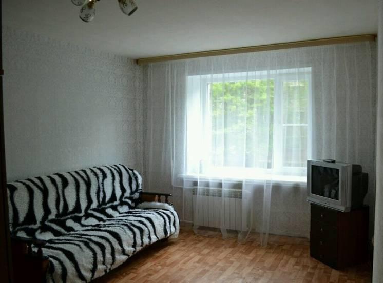 Комната в общежитие на Жукова, р-н Металлургов!