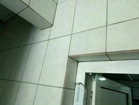 Ремонт ванной комнаты под ключ. Укладка плитки, сантехника.