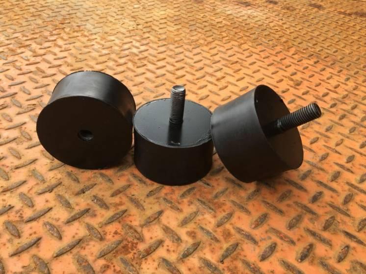 Виброподушка,демпферная подушка,амортизатор на валец каток JCB VMT 260