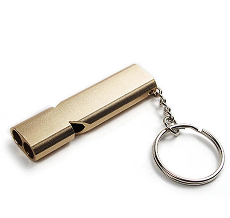 Брелок для ключей. свисток.