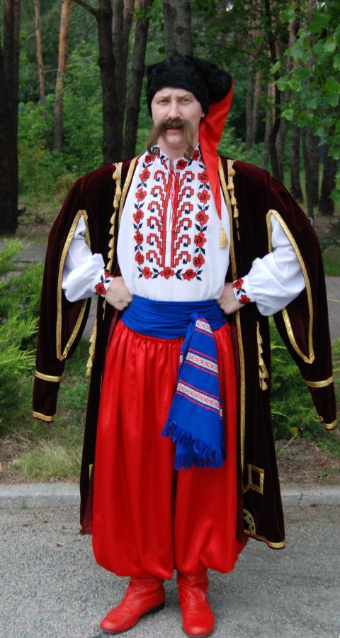 Прокат костюмов украинского козака