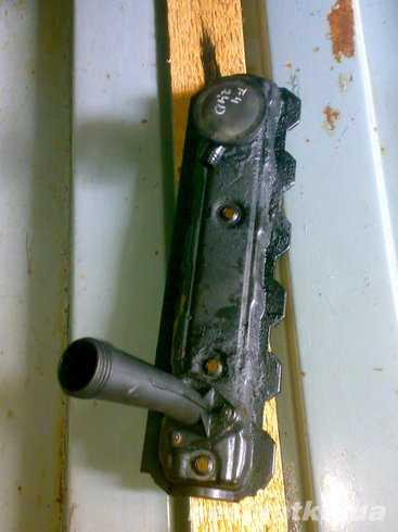 Клапанная крышка клапанов Vw T4 2.4d оригинал