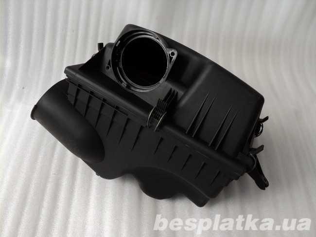 Корпус фильтра BMW E60-E64 рестайл 2.0D