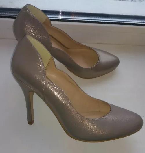 Туфли женские, туфельки,лодочки,на каблуке, фирма Phase Eight,хамелеон