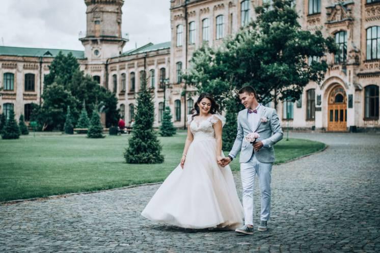 Фотограф и видеооператор на свадьбу в киеве и киевской области
