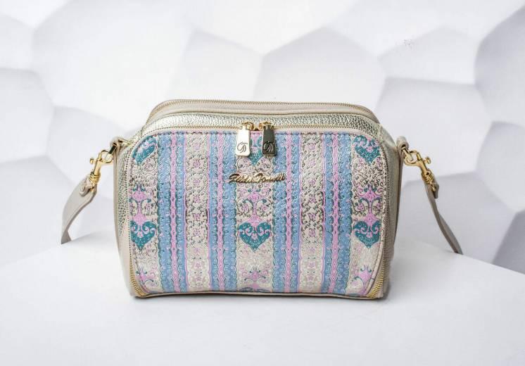 Модные женские сумки от известных брендов