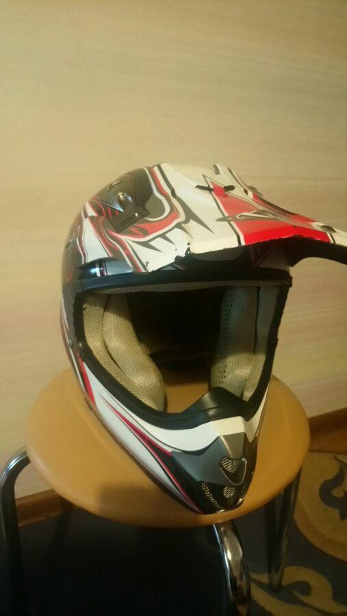 Продам шлем подростковый, почти новый, можно использовать на вело, мот